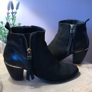 Steve Madden Heeled Booties